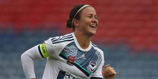 Pro Soccer Player Christine Nairn Comes Out on Her Blog