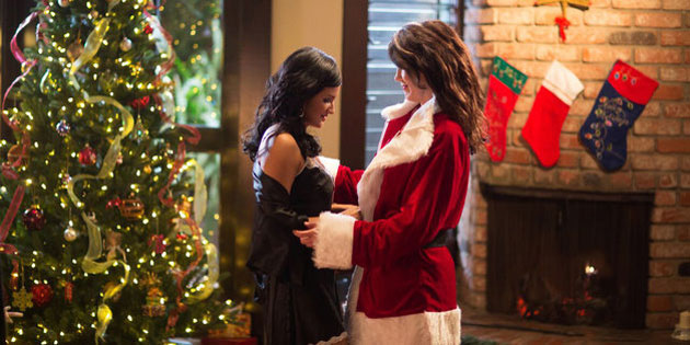 Sexy Lesbian Spin On I Saw Mommy Kissing Santa Claus